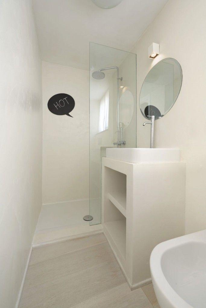 Reforma ba o peque o con lavabo sobre mueble de obra zona for Lavabos pequenos con mueble