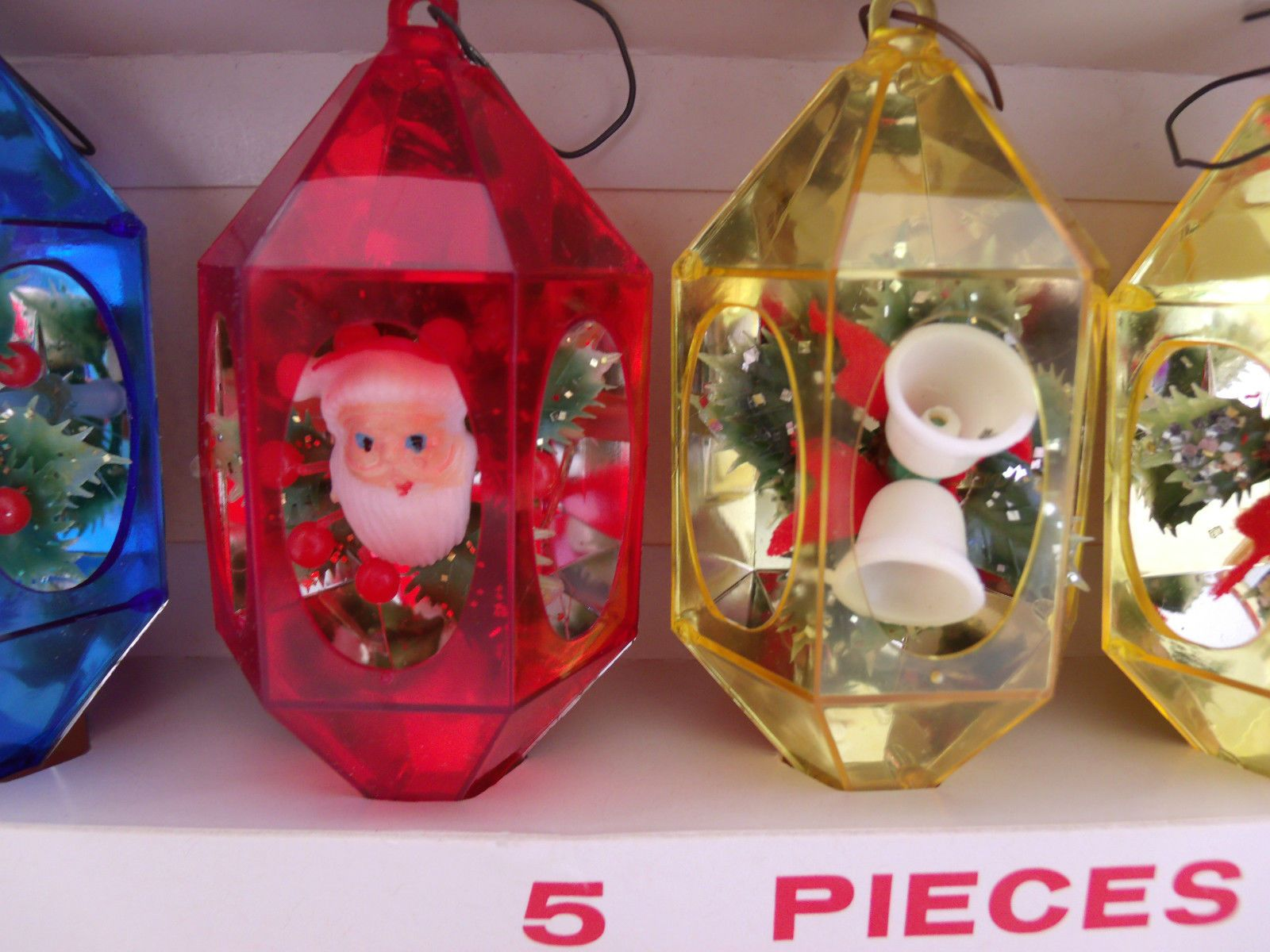 5 Vintage Hard Plastic 3D Christmas Ornaments in Box Jewelbrite ...