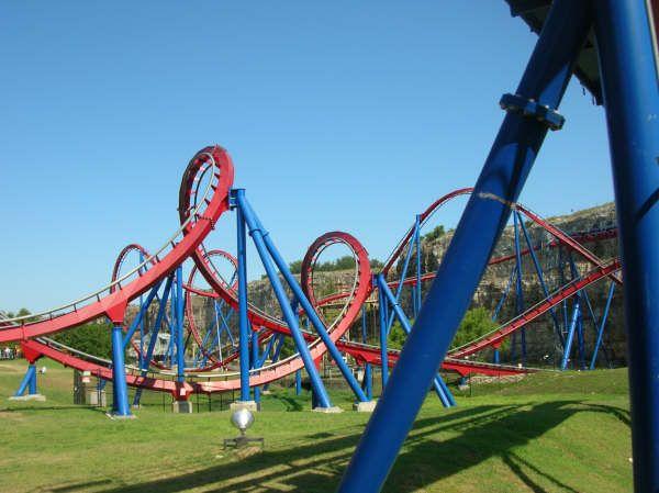 Poltergeist Six Flags Fiesta Texas San Antonio Texas Usa Scary Roller Coasters Roller Coaster Best Roller Coasters