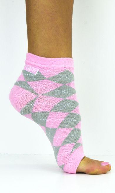 820d4c812e2e Flip Flop Sandals · Freetoes Brand Inc - Pretty In Pink Argyle
