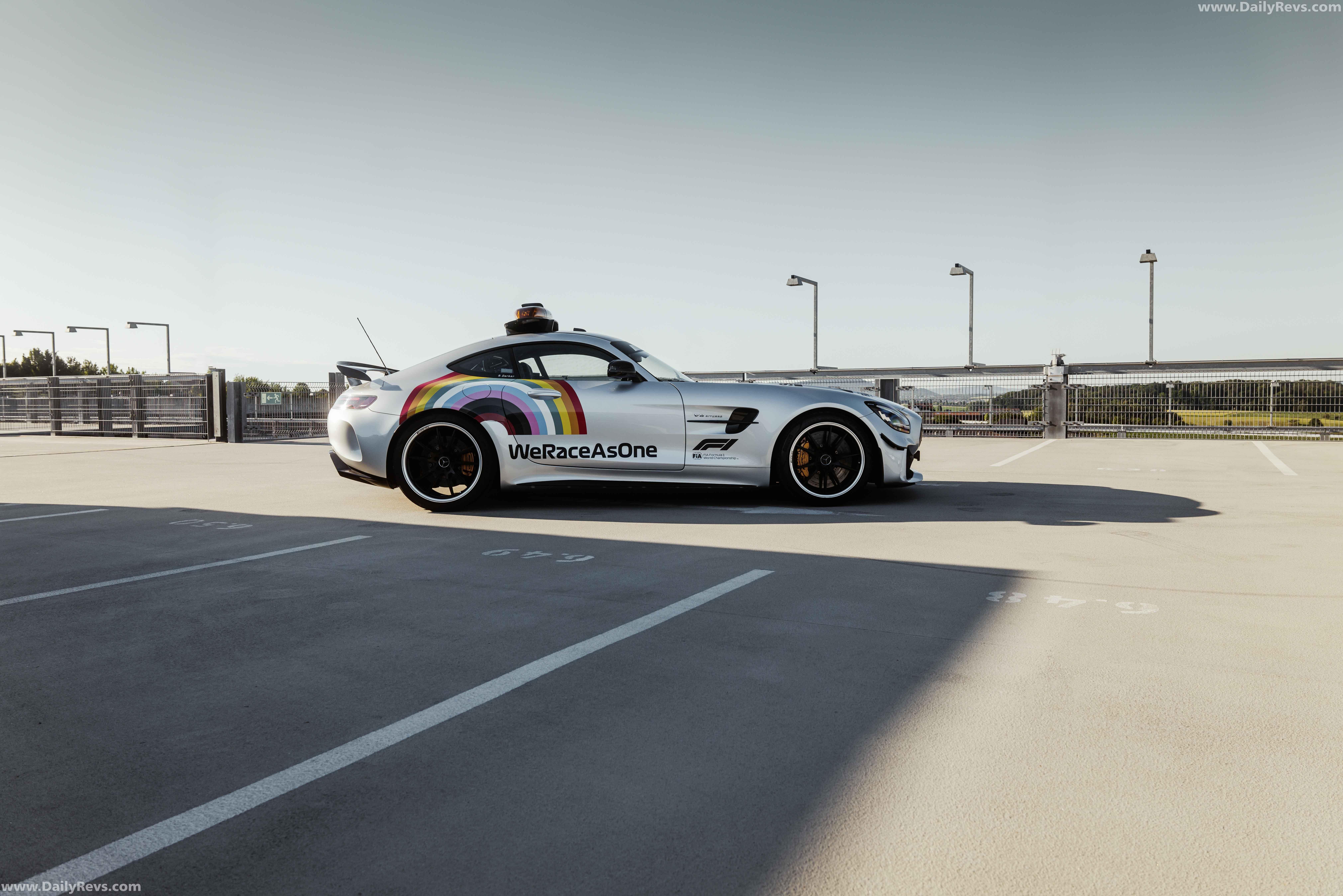 2020 MercedesBenz AMG GT R Safety Car in