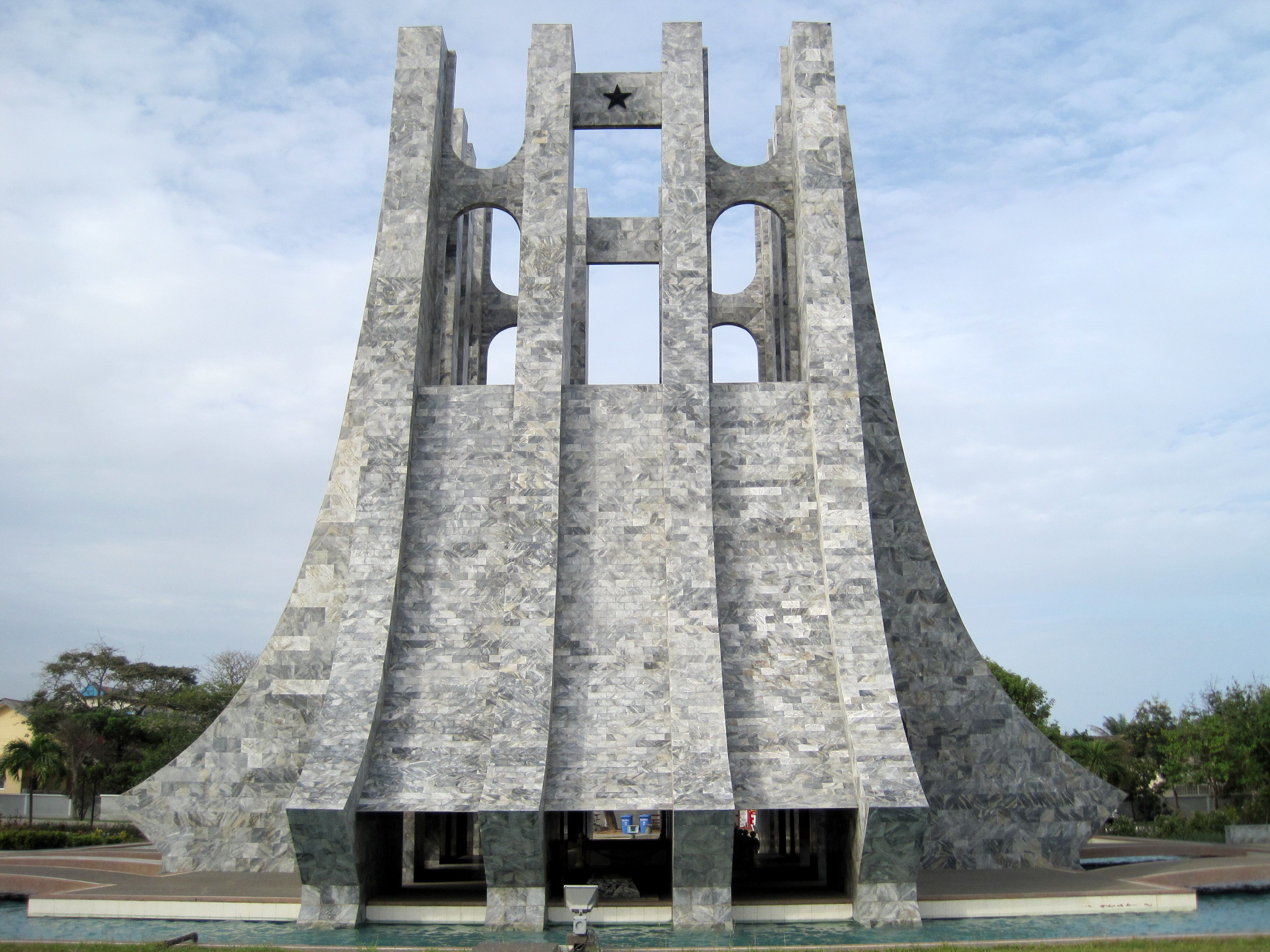 Kwame Nkrumah Mausoleum, Accra, Ghana (With images ...
