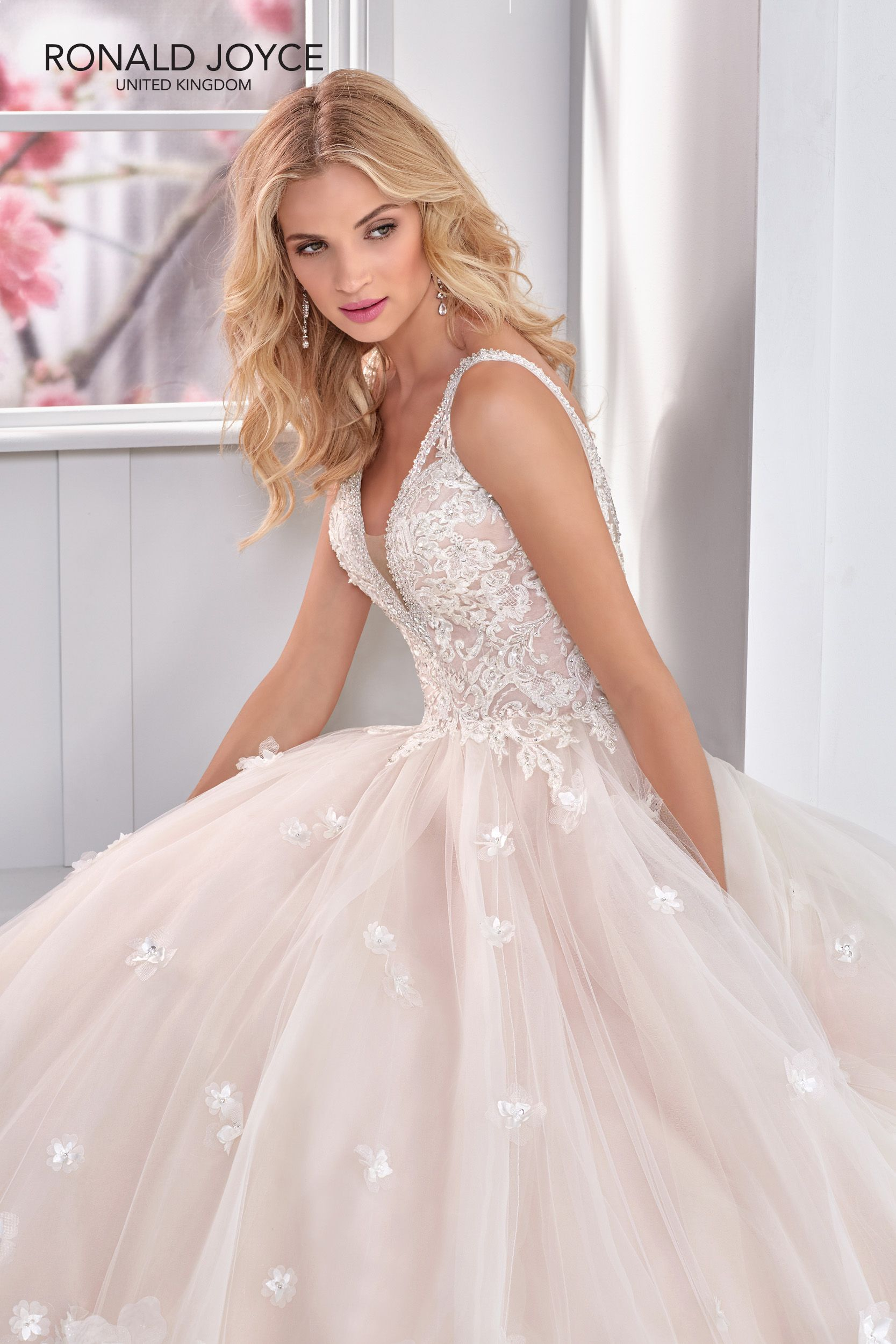 Modelo nora coleção ronald joyce jurken in