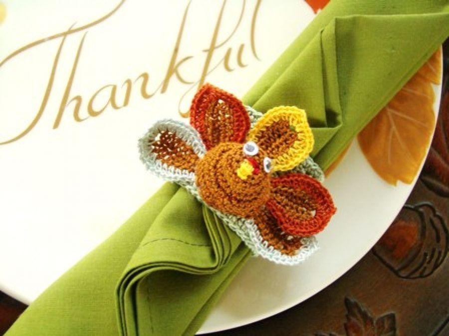 29 best crochet thanksgiving images on pinterest thanksgiving free crochet pattern to make this turkey napkin ring holder solutioingenieria Gallery