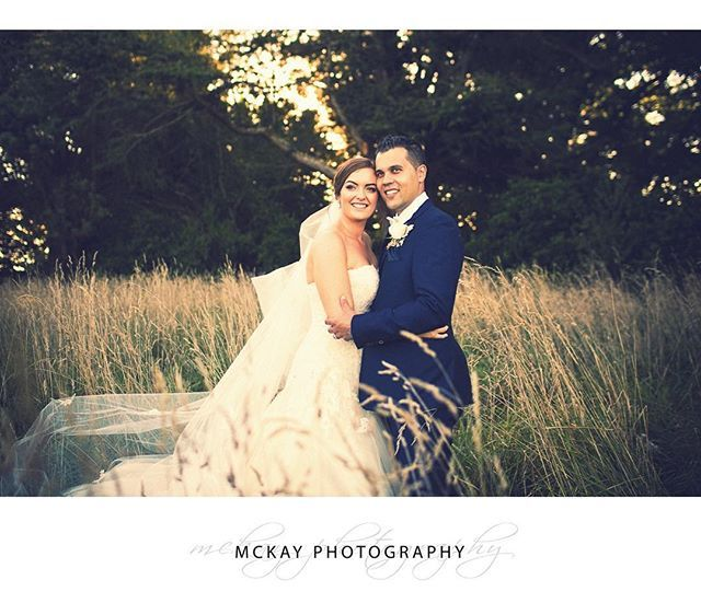 Flashback to Holly & James' early March wedding at @bendooleyestate two years ago such a great day!   Love this time of year when the grass is golden brown the summer heat has passed and leaves are just starting to turn to Autumn colours :)  #mckayphotography #bendooleyestatewedding #wedding #bowralwedding #bowralphotographer #southernhighlands