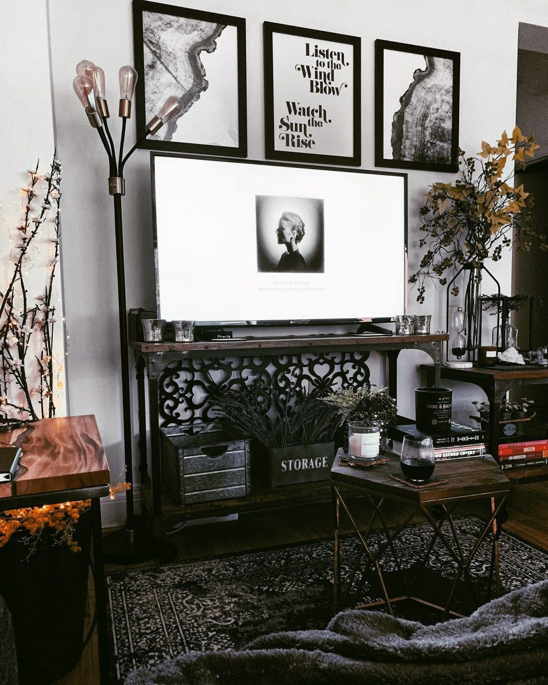 Rustic Studio Apartment Tour in Seattle Printz ,