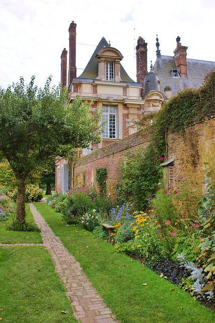Chateau De Miromesnil.Le Château De Miromesnil Est Une