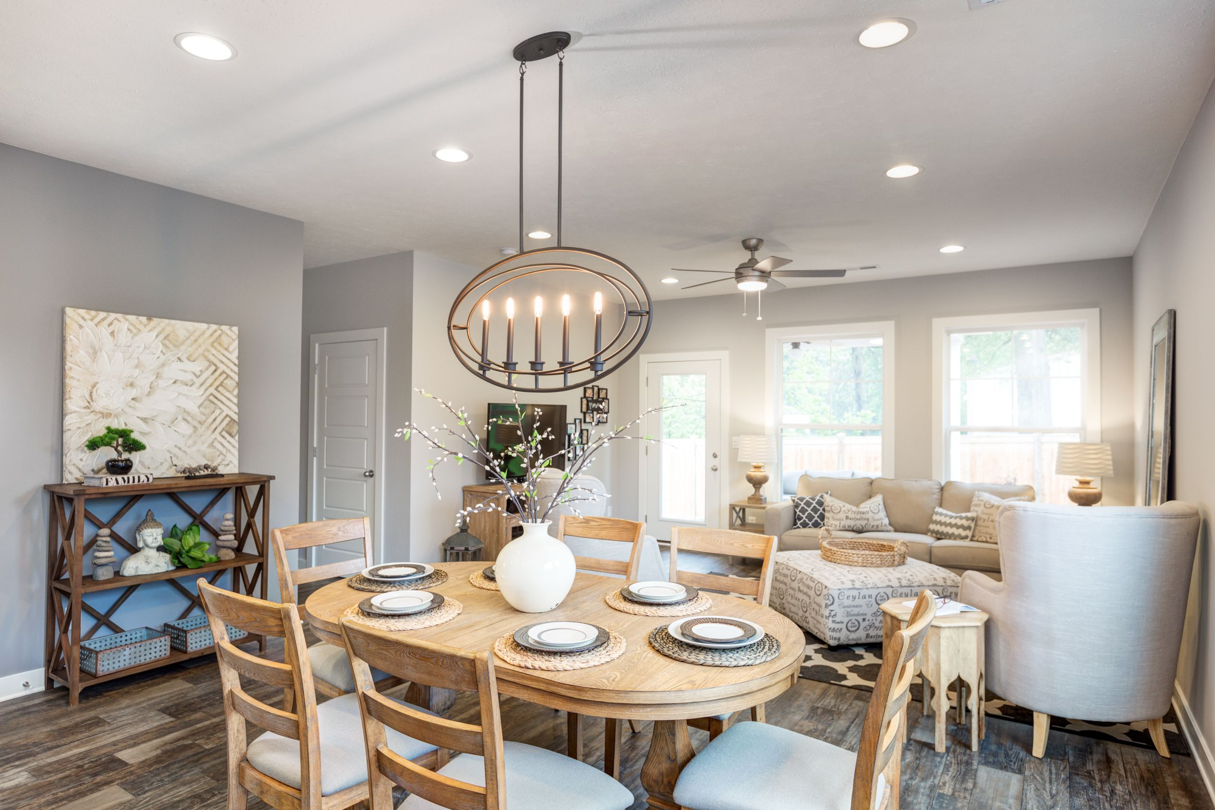 Jagoe Homes, Inc. Project: Oak Park. Floor Plan: Leonardo. Elevation: C2, Newburgh, IN. Lot 2.