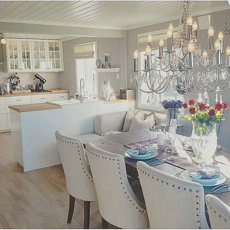 On instagram by ourluxuryhome #homedesign #contratahotel (o) http://ift.tt/1RzPbPu bildet gjorde meg glad  Så koselig! Credit: @homebyschulz