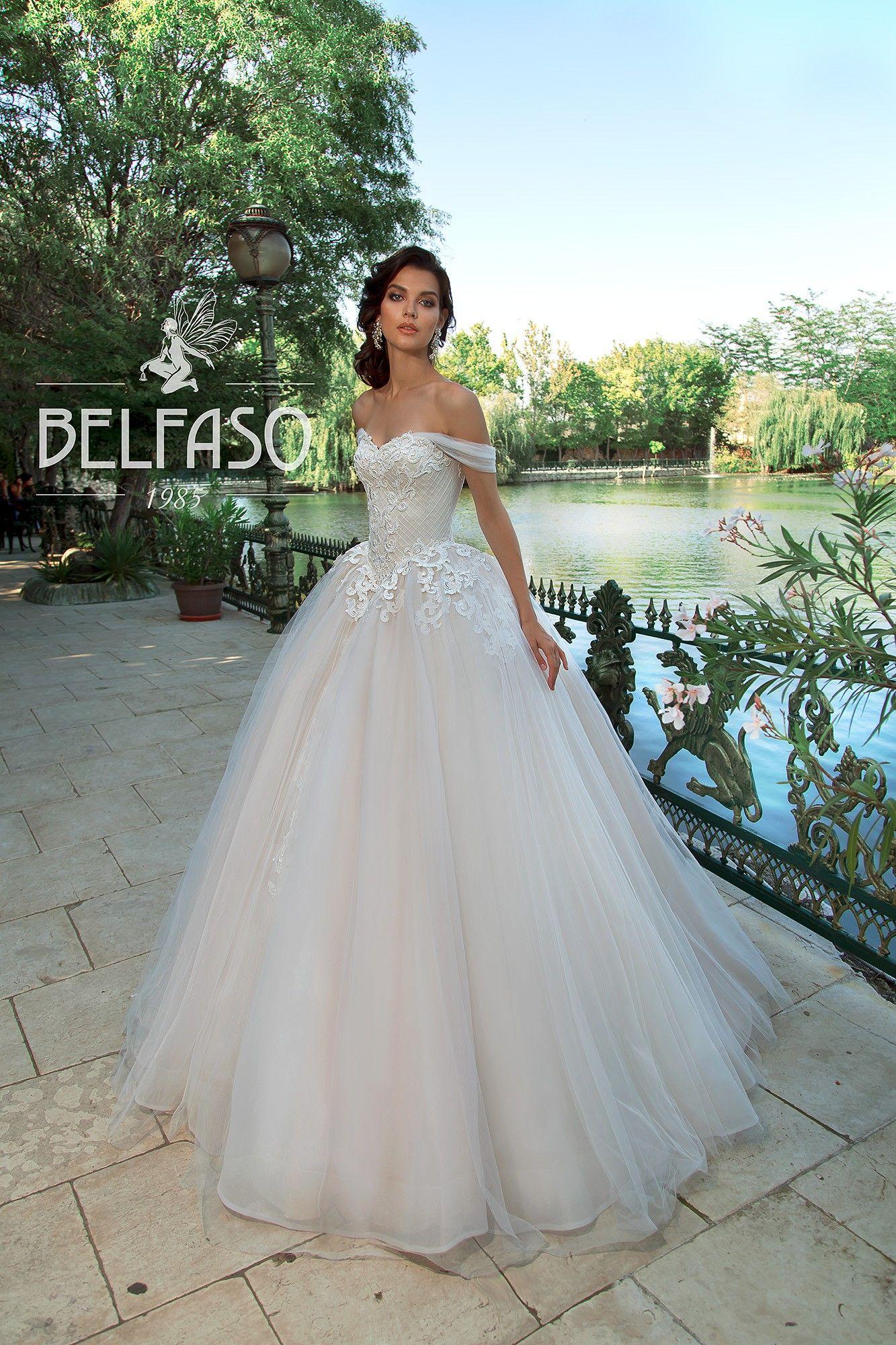 Pin By Derya Yaman On Wedding Dresses Princess Wedding Dresses Wedding Dresses Cinderella Ballroom Wedding Dresses [ 2000 x 1333 Pixel ]