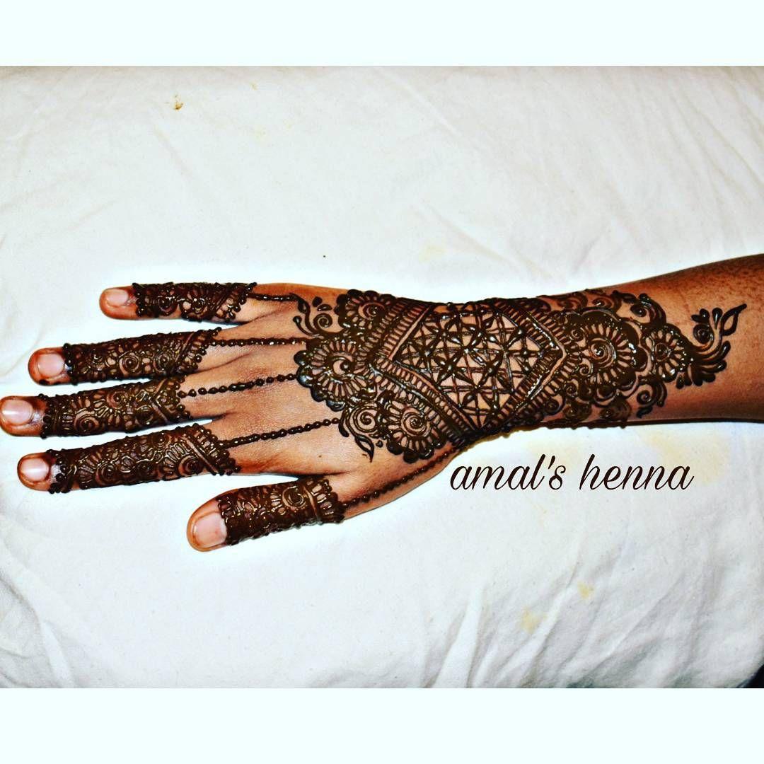 Taking advance booking for henna pls whatsapp usr further