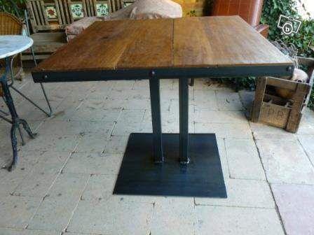table bistro style meuble industriel ameublement haute. Black Bedroom Furniture Sets. Home Design Ideas