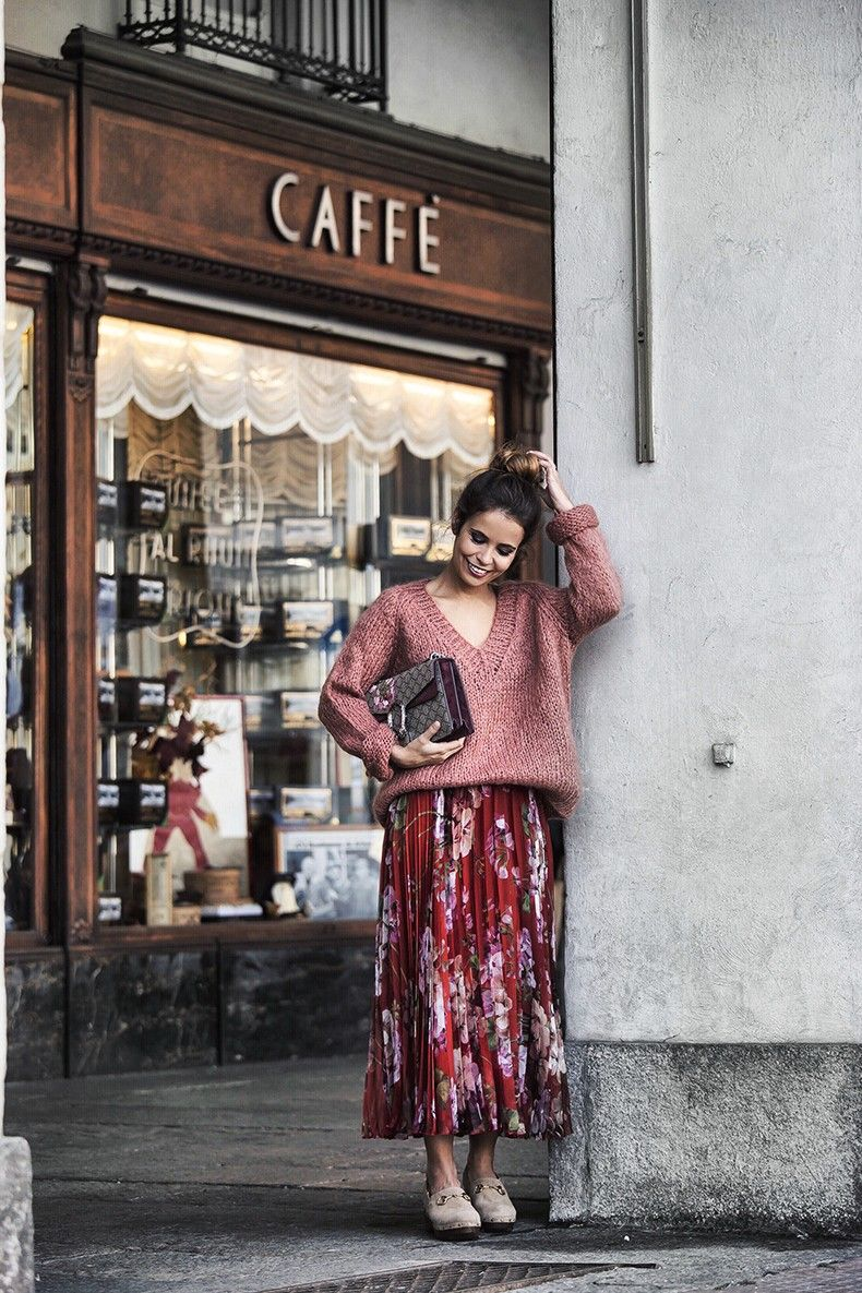 Gucci_Skirt-Clogs-Pink_Sweater-Cuneo-Street_Style-Collage