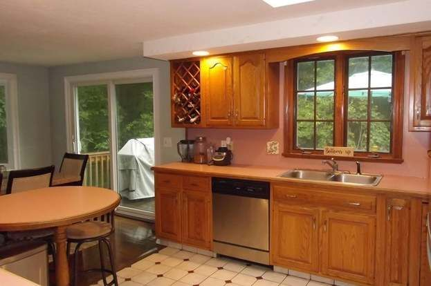 82 Maple St, Norton, MA 02766 - 3 beds/1 bath | House ...