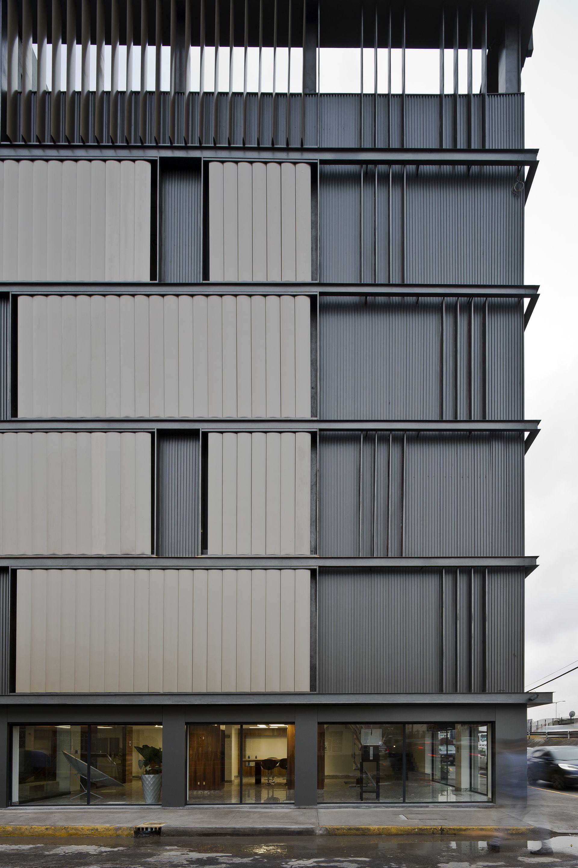 Building Exterior: Renovation Of México Fortius Office Building / ERREqERRE