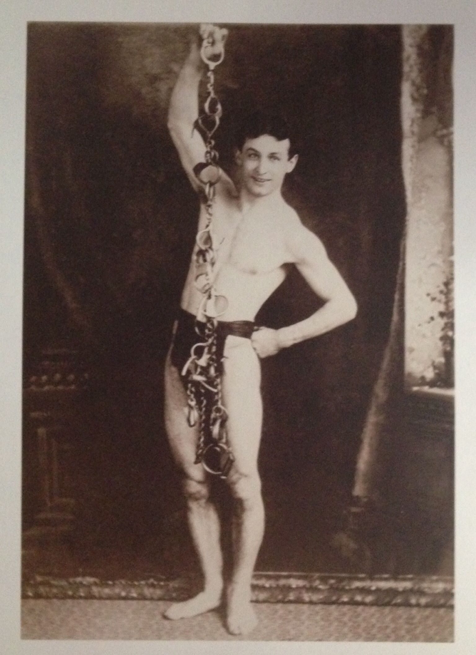 a biography of ehric weiss or better known as the great houdini Random trivia what is the only great lake that doesn't border canada  because ehric weiss doesn't roll off that tongue  better known as this,.