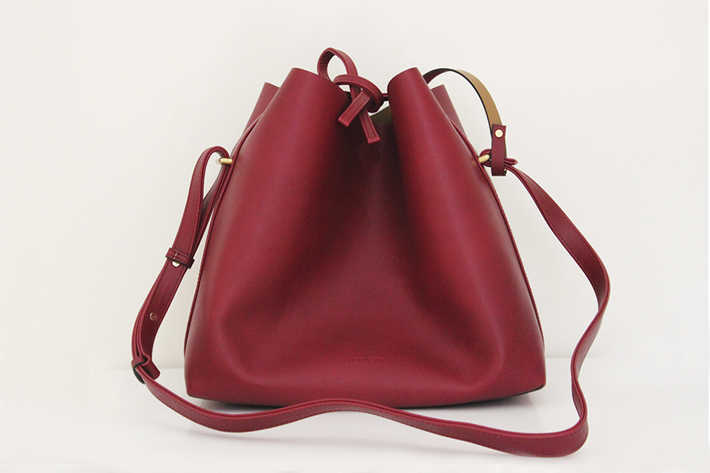Jules Bucket Bag Wine
