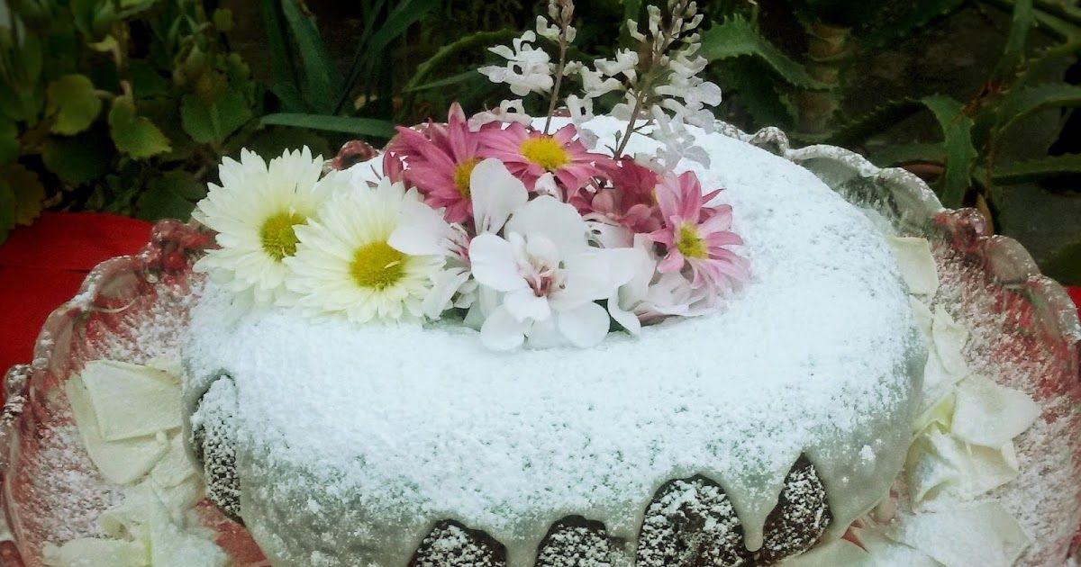 كيكة بالطلية الليمون Cake Au Glacage Citron Desserts Birthday Cake Cake