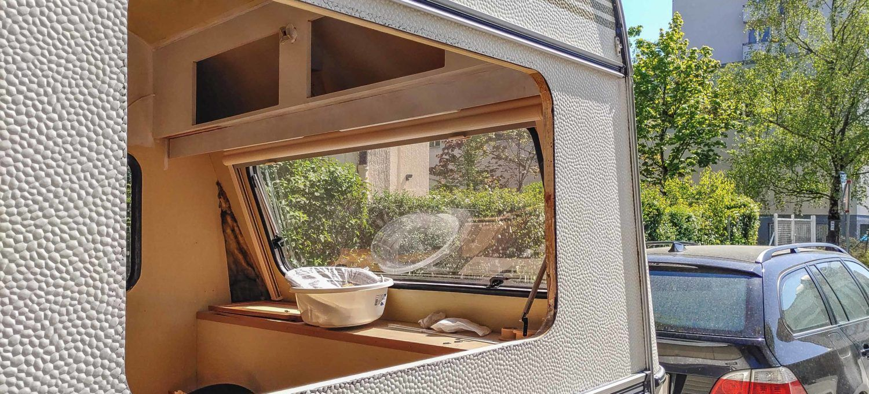 Wohnwagen Fenster Tauschen Wasserschaden Reparieren Tipps Wohnwagen Fenster Tauschen Wasserschaden Reparieren Tipps Es In 2020 Wohnwagen Wohnen Wasserschaden