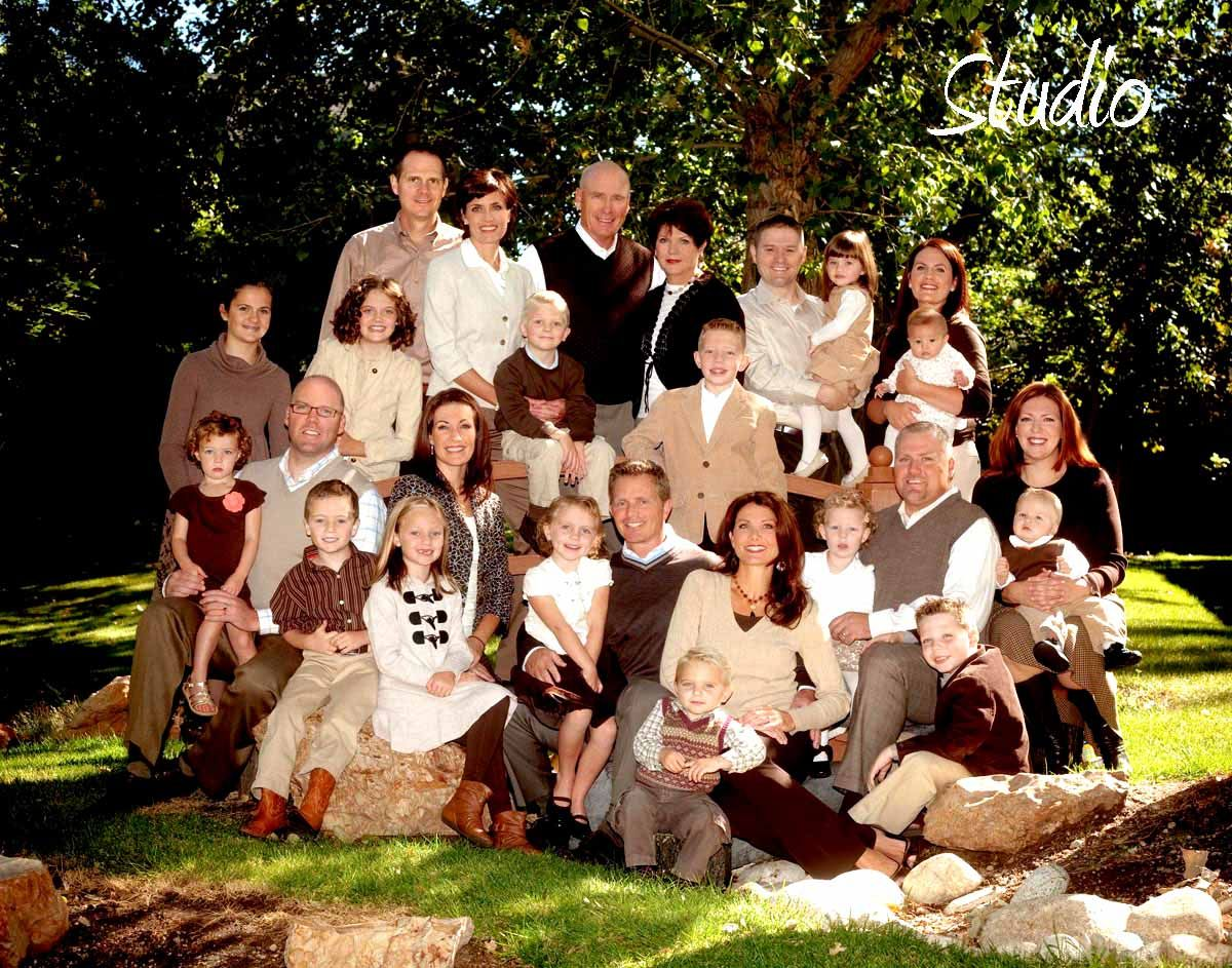 Large Family Photo Ideas Family Photography Family Photos