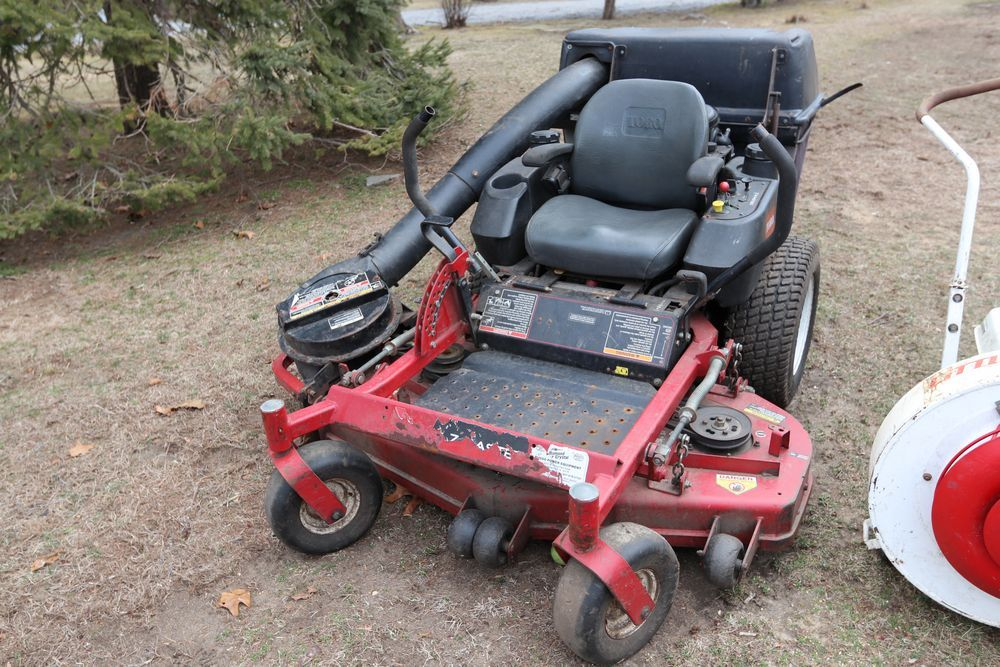 Item 11 Toro Z Master Professional 5000 Series Riding Mower With 48in Turbo Force Side Discharge Mower Ho Ford Trucks Chevrolet Silverado 2500 Ford F650