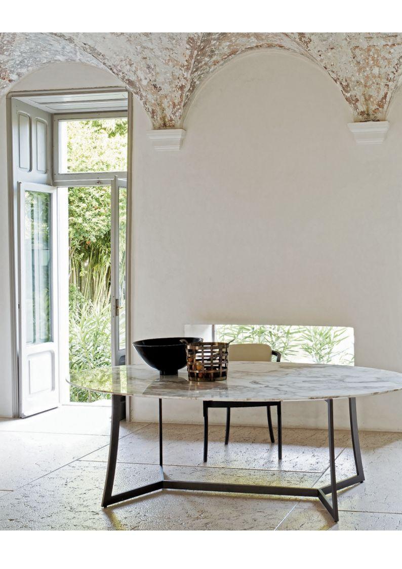 king tisch esstisch oder einfach ein perfekte b ro tisch mit marmor calacatta gold und basis. Black Bedroom Furniture Sets. Home Design Ideas
