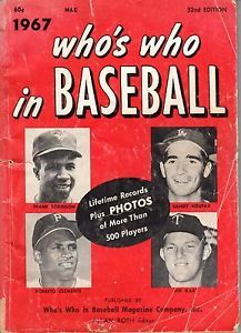 Details About 1967 Who S Who In Baseball Sandy Koufax Dodgers Roberto Clemente Pirates Poor Sandy Koufax Baseball Sports Magazine