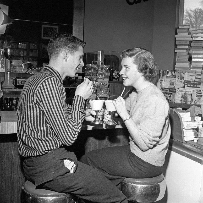 Teenagers in a malt shop  1950s. Teenagers in a malt shop  1950s    Rock   Roll Era   Pinterest