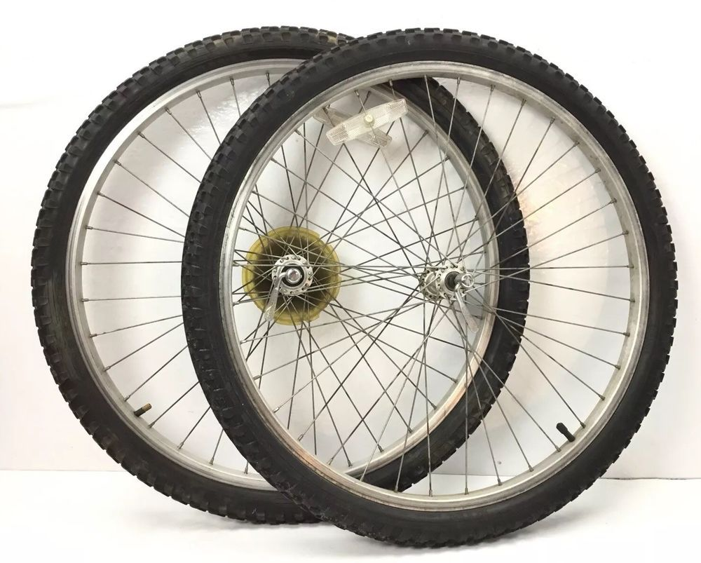 Set Of Mountain Bike 7 Speed Wheels 26 X 1 75 W Tires Fr Trek
