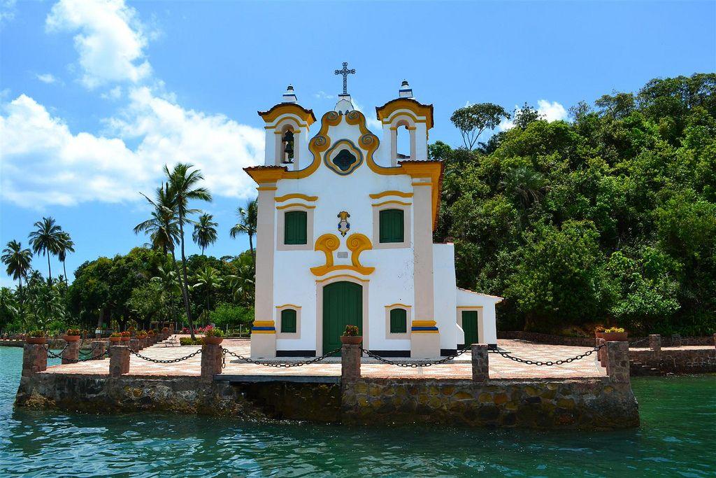 Nossa Senhora do Loreto Church's- Ilha dos Frades - Bahia  Photo:  Osvaldo Pontes
