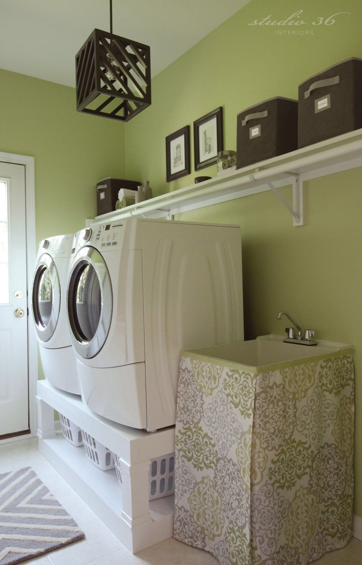MY LAUNDRY ROOM MAKEOVER
