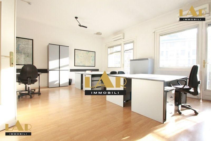 Prestigious Office For Rent In The Centre Of Milan Rent