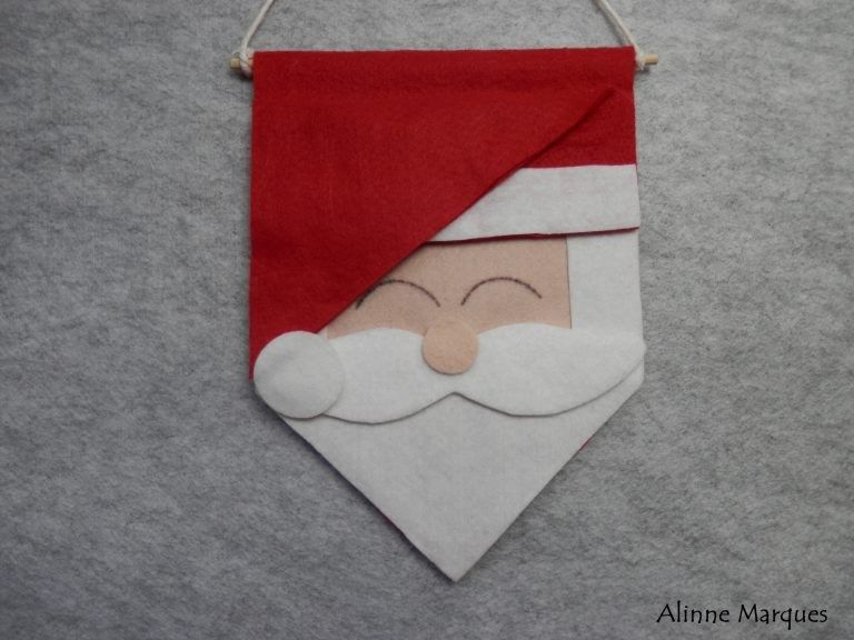 Pin By Ady Inzunza On Manualidades Navideñas Christmas Pillowcases Crochet Christmas Trees Christmas Accessories