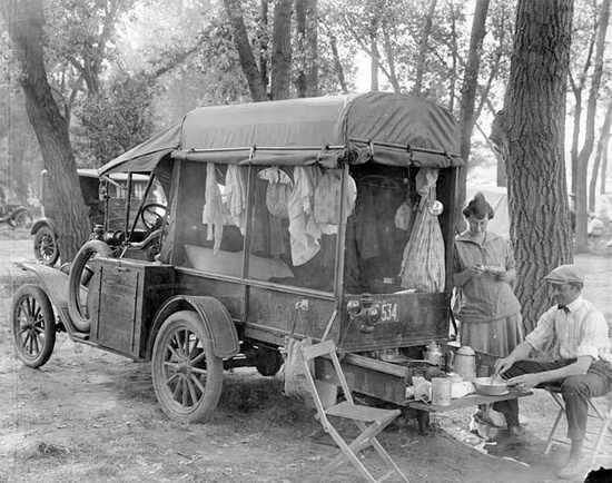 Vintage camper RV