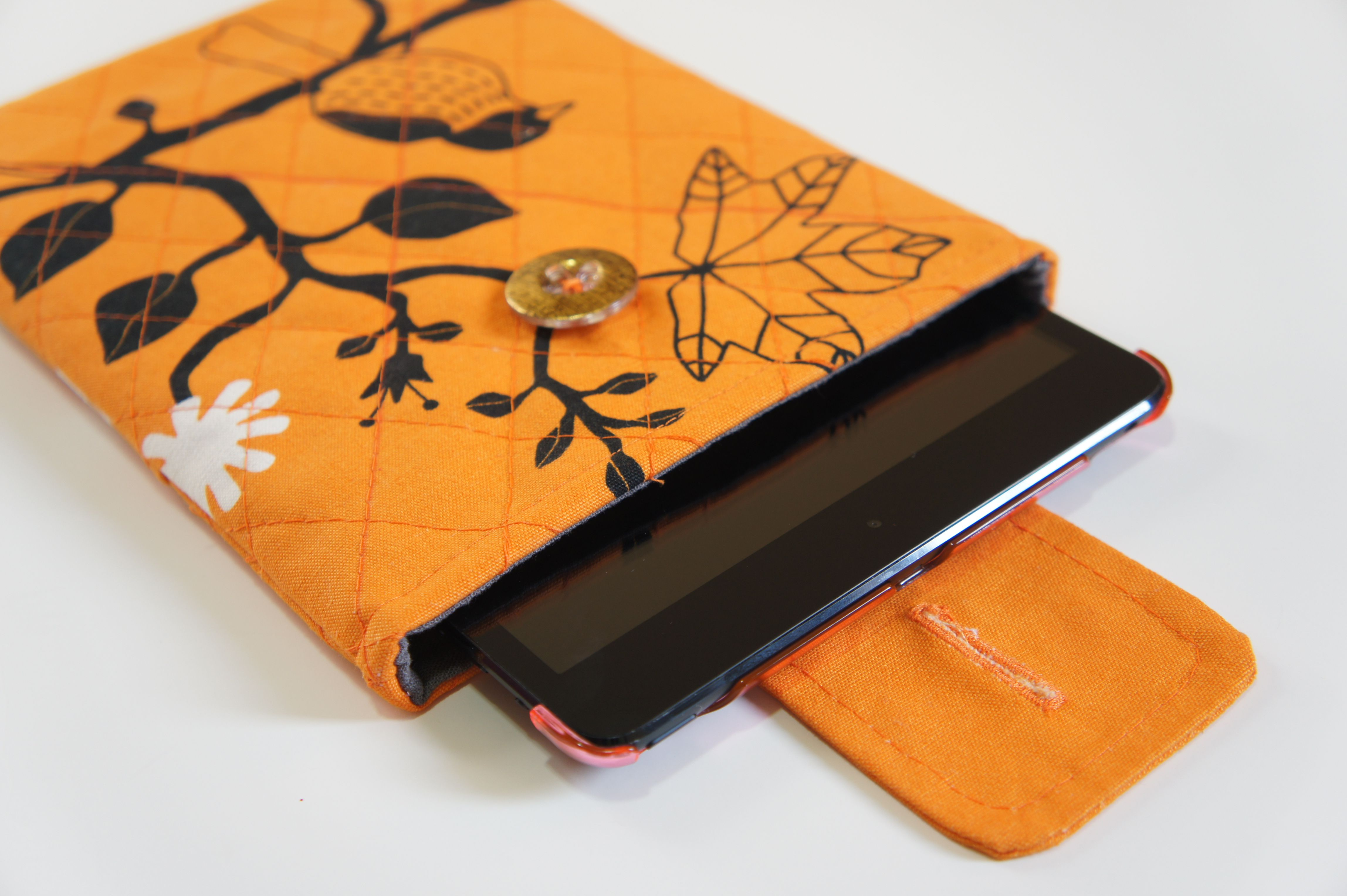 Ipad mini quilted sleeve sewing tutorial diy and crafts ipad mini quilted sleeve sewing tutorial baditri Image collections