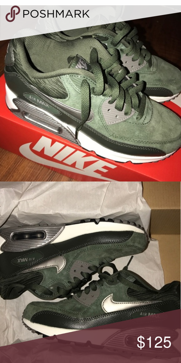 EUC Nike Air Max Excellent condition, no signs of wear