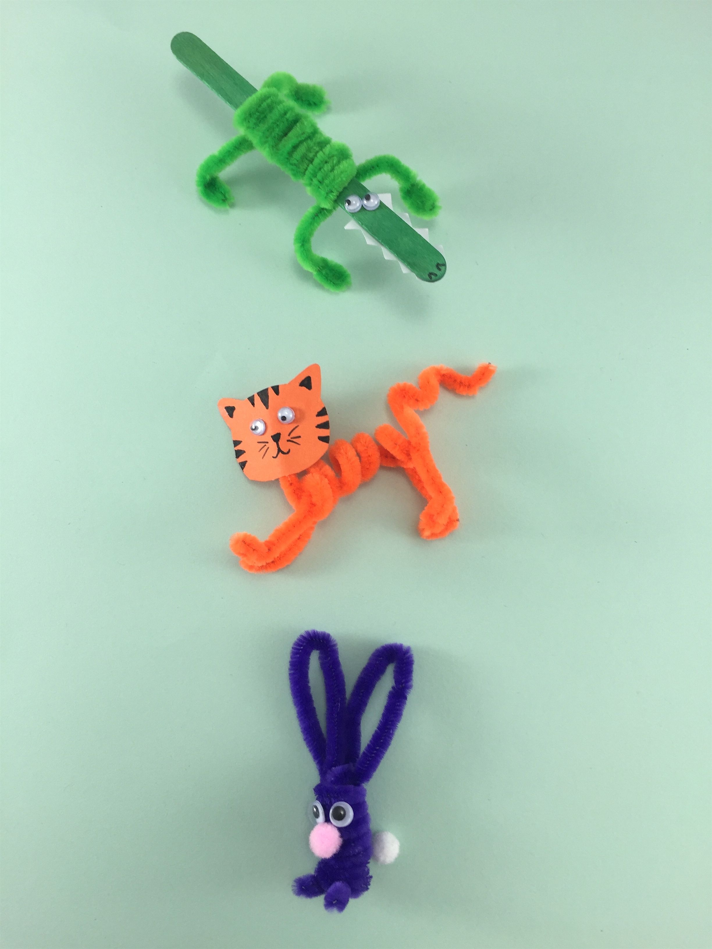 Uncategorized Easy Pipe Cleaner Animals make a menagerie of animals with these easy pipe cleaner crafts for kids