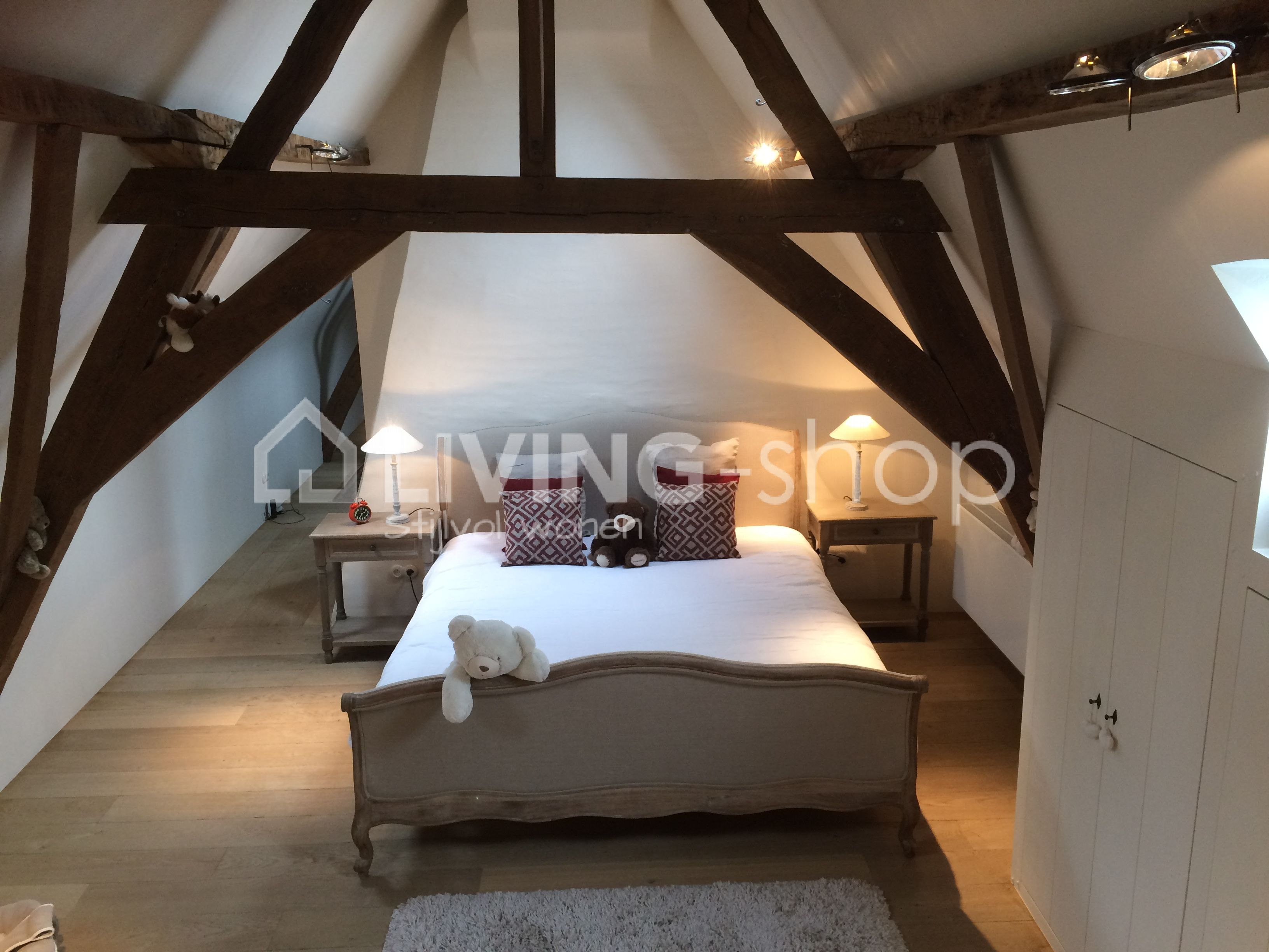 Slaapkamer Landelijke Stijl : Landelijk bed eik oak aged grey wonen landelijke stijl slaapkamer