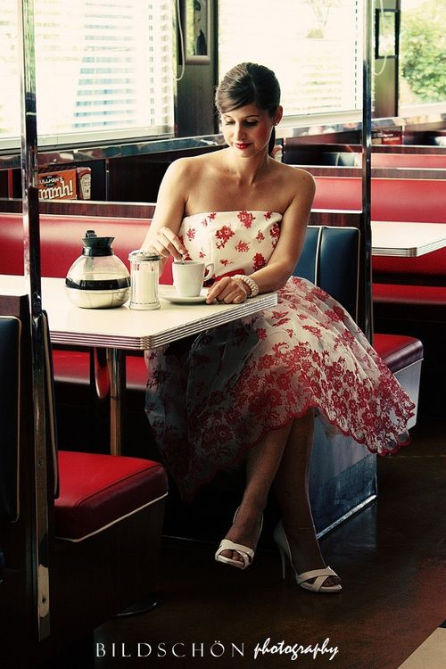 'lady at the cafe   ~~  X ღɱɧღ ♫ || by bianca @ bildschon