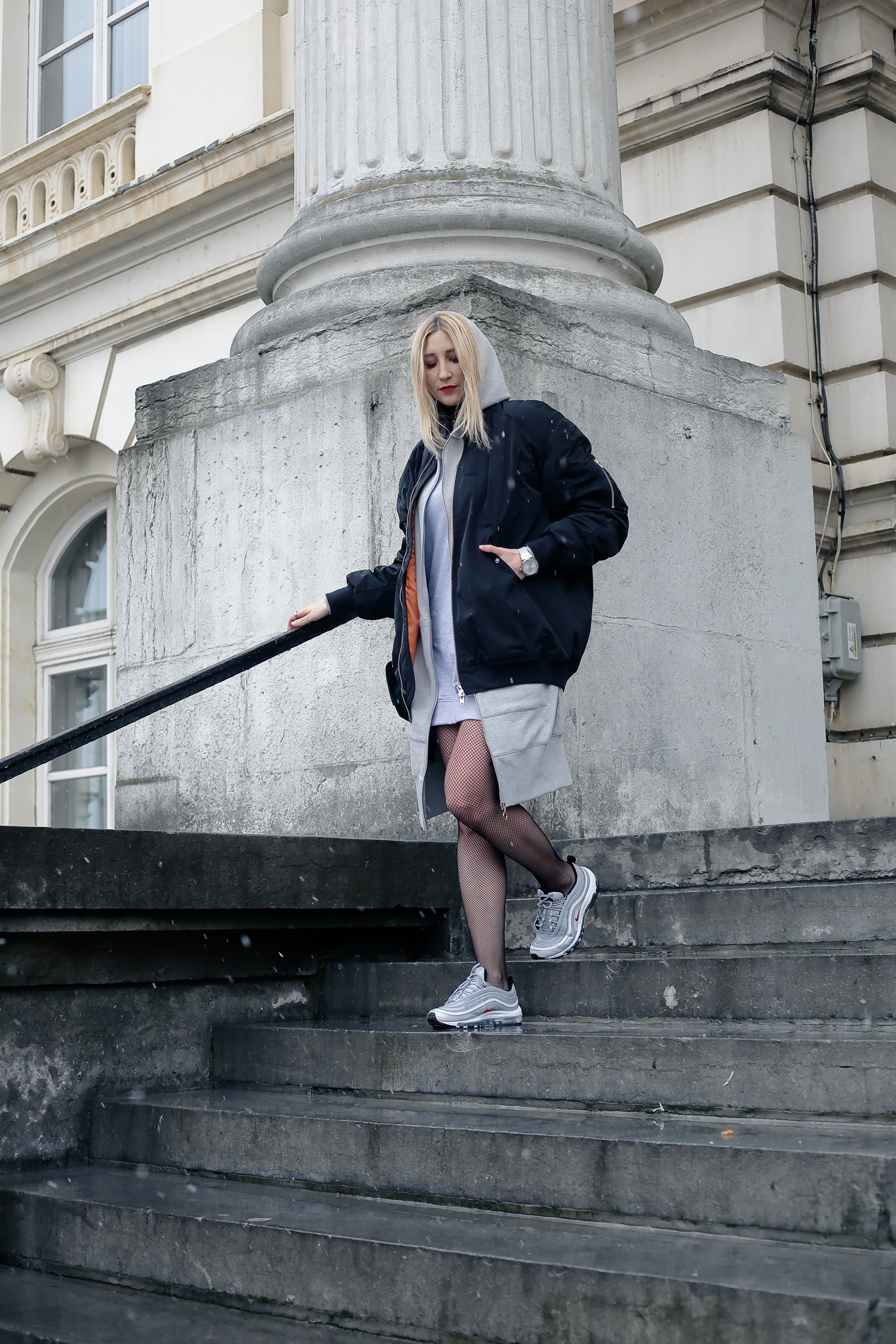 oversized bomber and nike air max 97 bullet silver | fashion