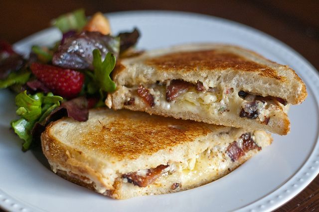 | Ultimate Grilled Cheese Sandwich