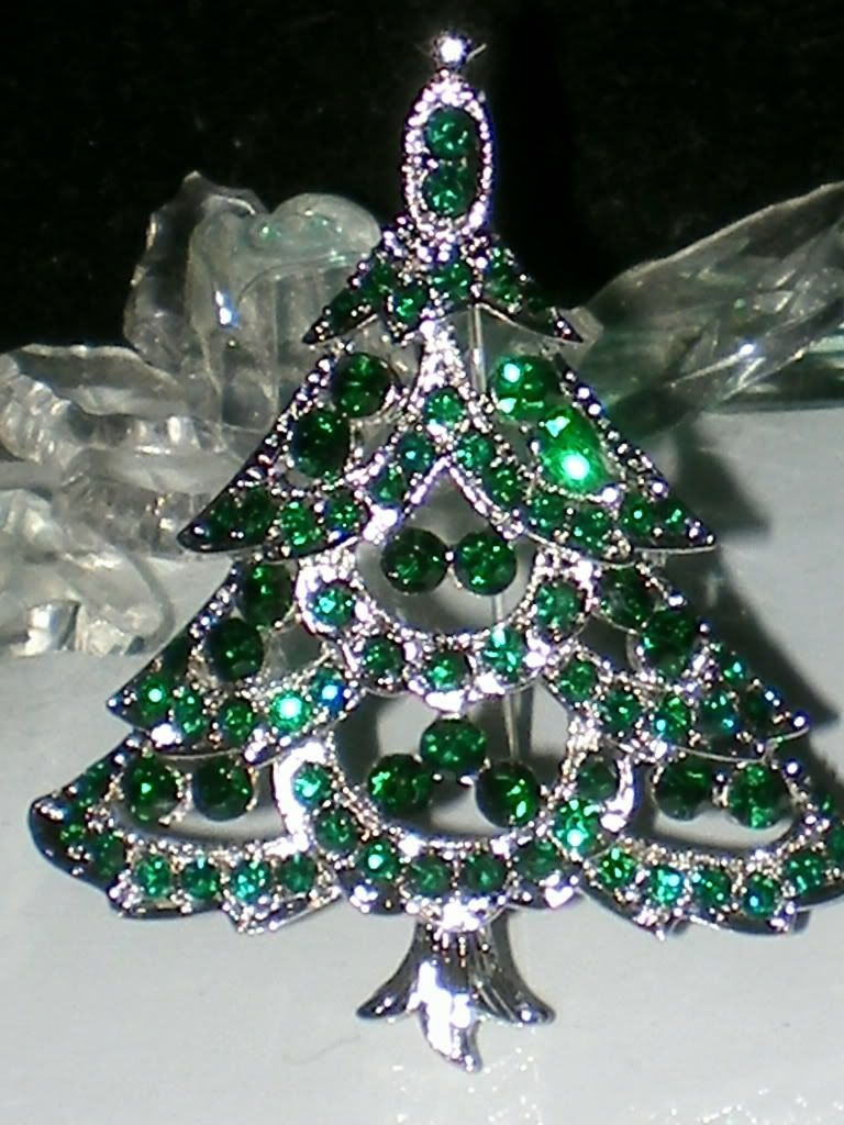 Green Christmas Tree Pin Brooch Swarovski Crystal