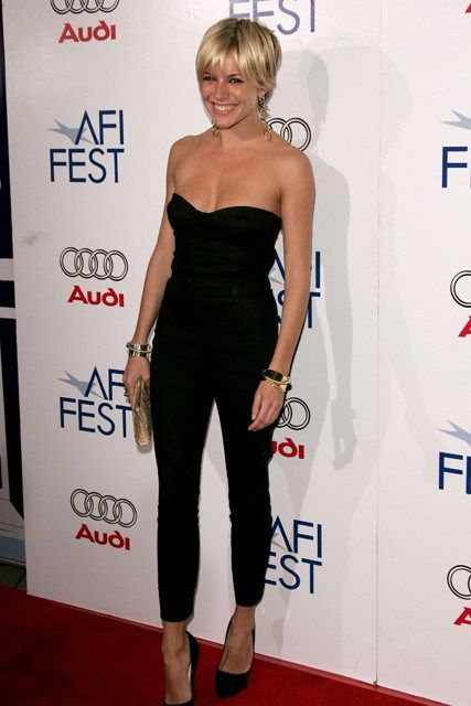 Strapless Black Playsuit And Cute Short Hair Siennamiller Sienna Miller Style Sienna Miller Blonde Hair Red Dress