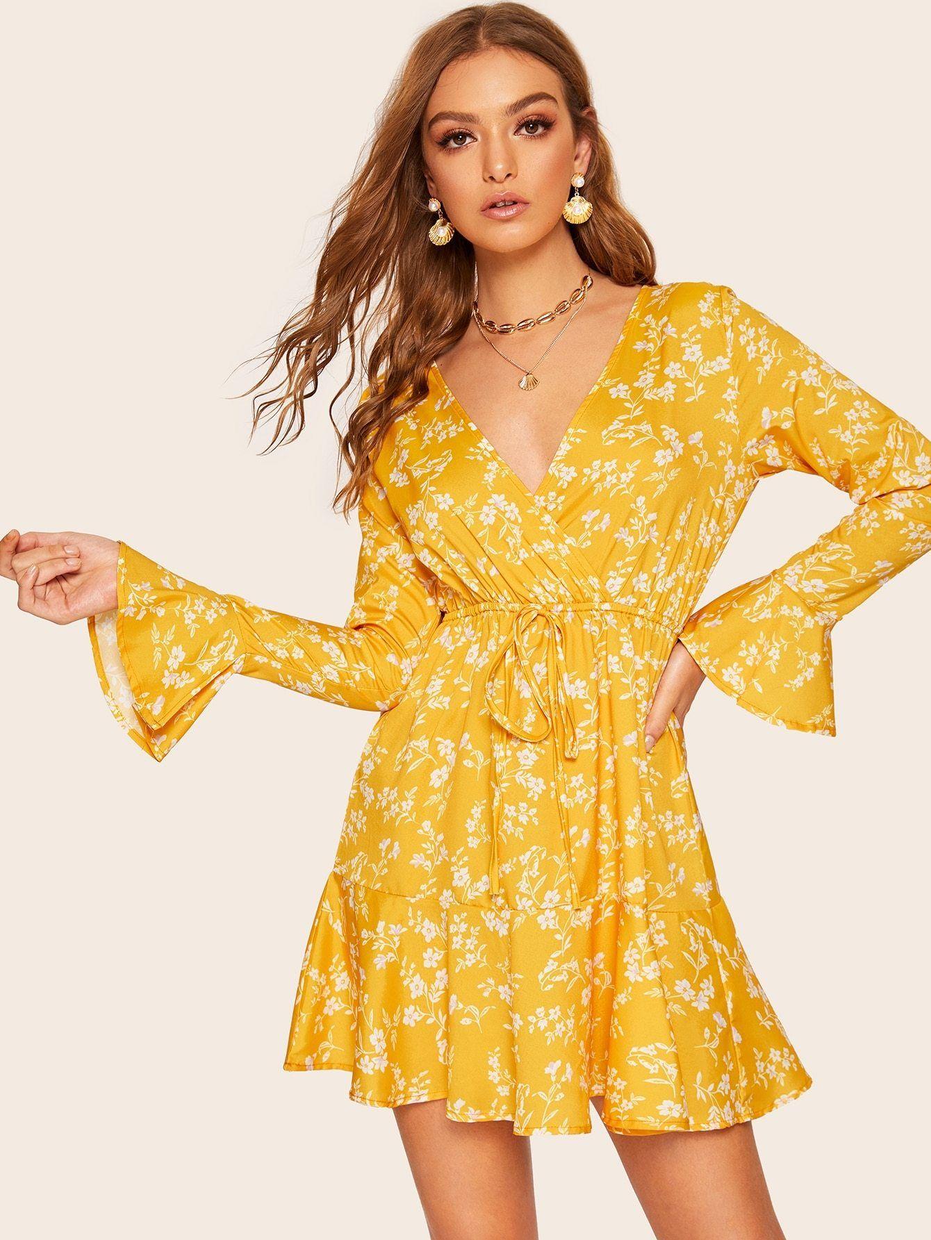 872325540b9 Floral Print Flounce Sleeve Drawstring Waist Dress in 2019
