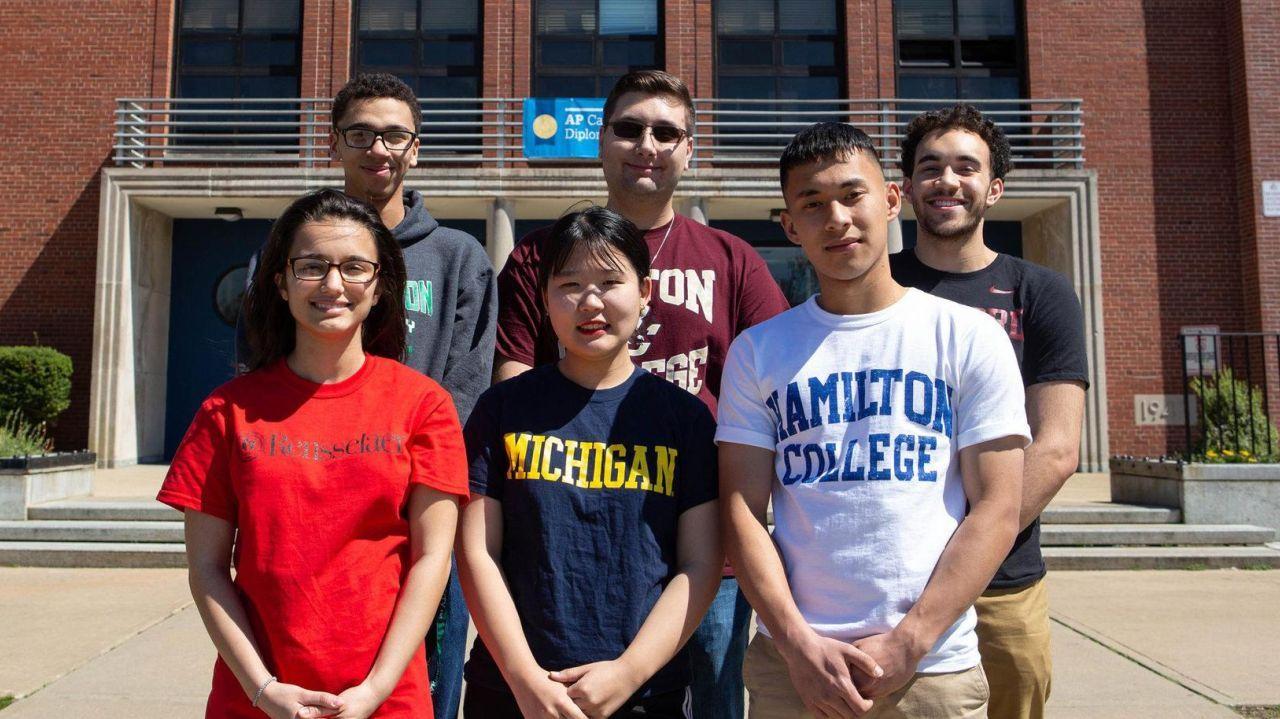 Roosevelt university admission essay