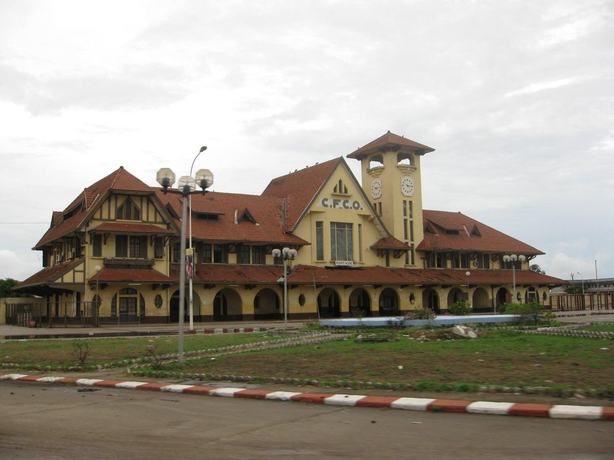 Pointe Noire Railway Station Pointe Noire Kongo Ndindi Is The Second Largest City In The Republic Of The Congo Foll Brazzaville Paysage Incroyable Congo