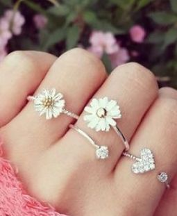 rings necklaces jewelry