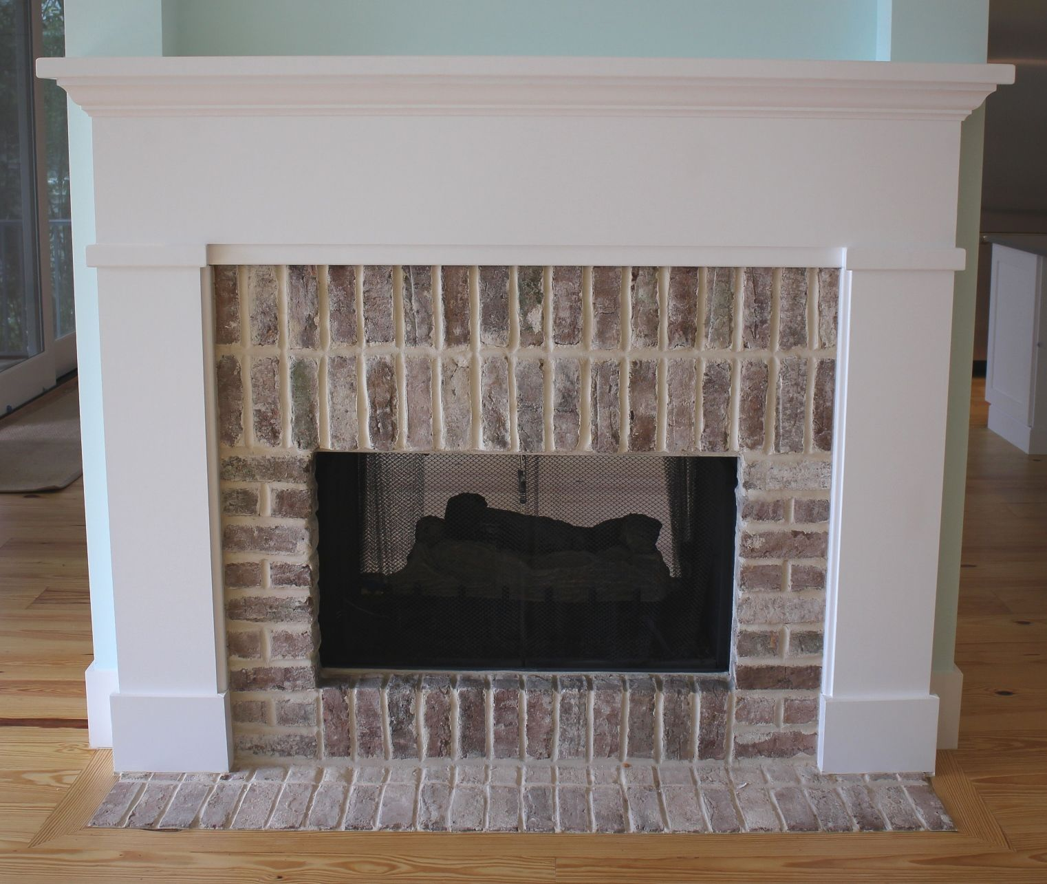 G Summerville Mantel Shown With Brick Surround And Flush Hearth