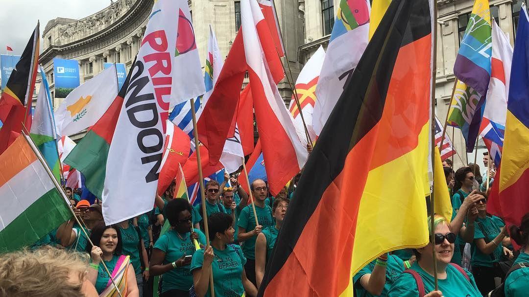 London Gay Pride Parade 2016 @5by5forever #gaypride #lgbt #londonprideparade #pride #prideparade #2016 #london #londonlife #uk #regentstreet #loveislove #nofilter