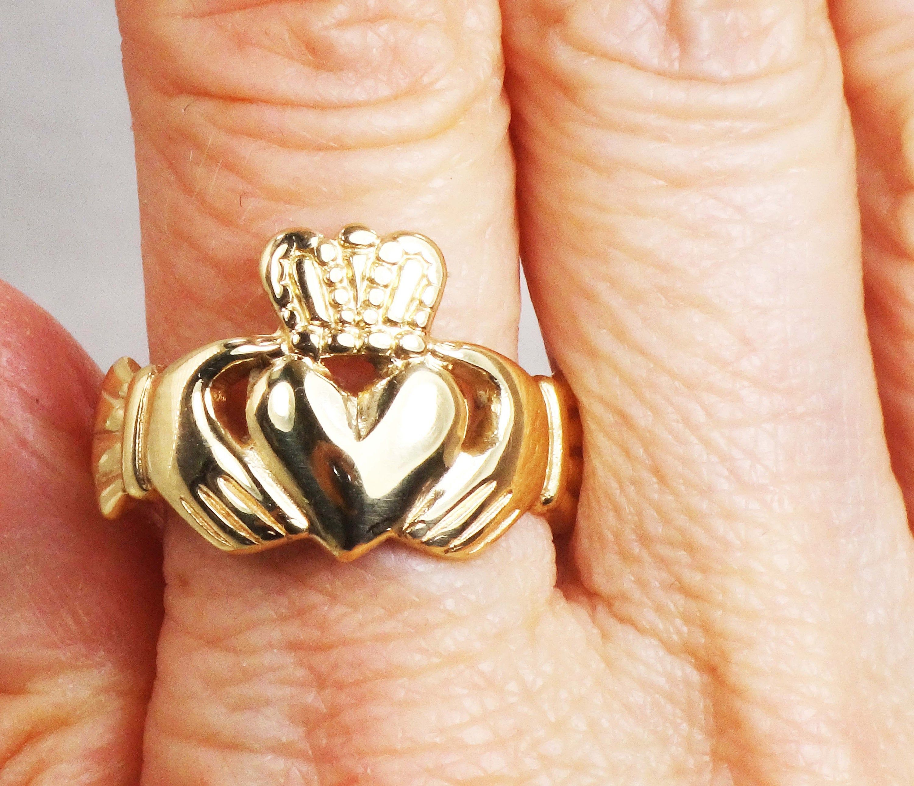 Vintage 9k Gold Claddagh Ring Gold Ring Made In Ireland Gold Claddagh Ring Claddagh Rings Claddagh